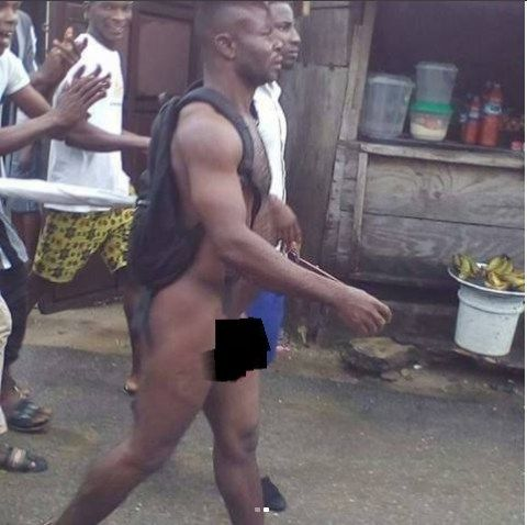 Yahoo-boy Stripped Nked and Disgraced After He Tried to Use His Girlfriend for Money Rituals in Port Harcourt (Photos)