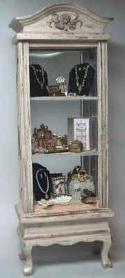Cynthia Howe miniatures: Jewelry and Accessories Display