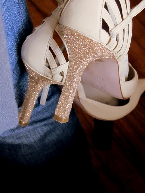 Wobisobi: Project ReStyle: Projects Re Styl, 47 Glitter, Projects Restyl, Pink Heels, Black Heels, Bride Shoes, Glitter Heels, Diy'S Fashion, Diy'S Glitter