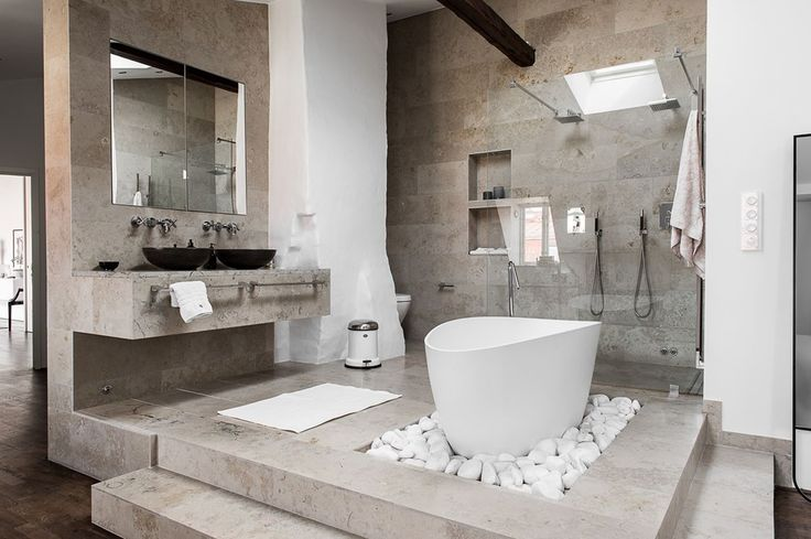 Attic apartment with an open bathroom | floorplan Follow Gravity Home: Blog - Instagram - Pinterest - Facebook - Shop