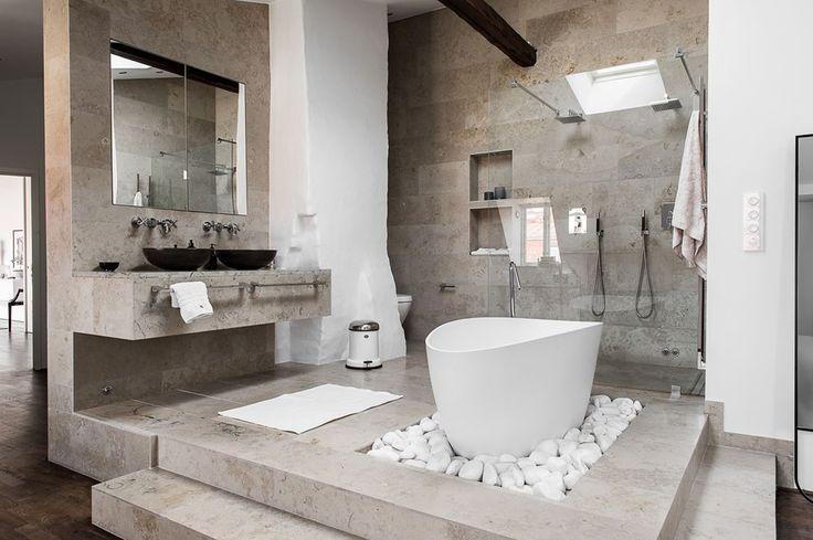 Attic apartment with an open bathroom   floorplan Follow Gravity Home: Blog - Instagram - Pinterest - Facebook - Shop