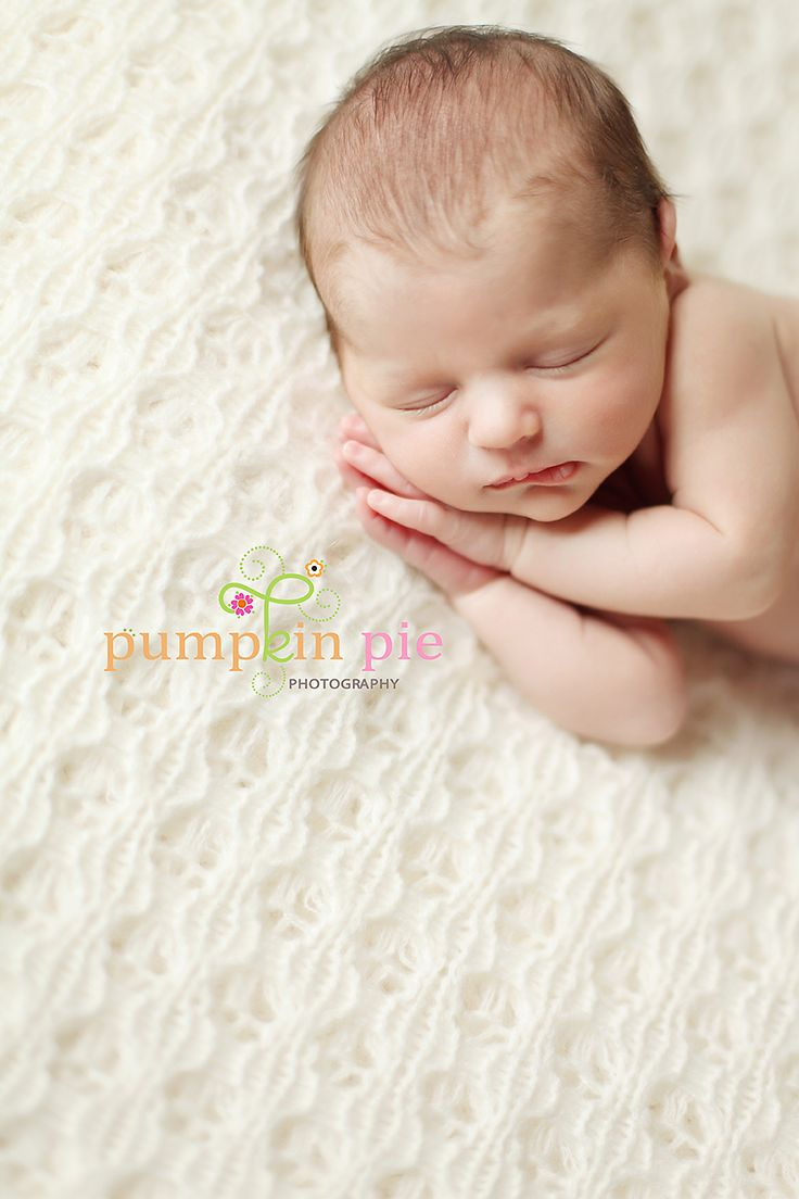 cute pose to use with hands: Baby Pose, Baby Connor, Baby Crazy, Photography Ideas Baby Newborn, Baby Photography, Baby Photos, Photography Baby, Photography Inspiration