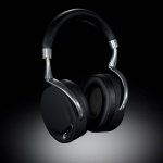 Parrot, along with world-renowned French designer Phillipe Starck, have collaborated once again to create Zik, headphones combining advanced technology and sleek design.