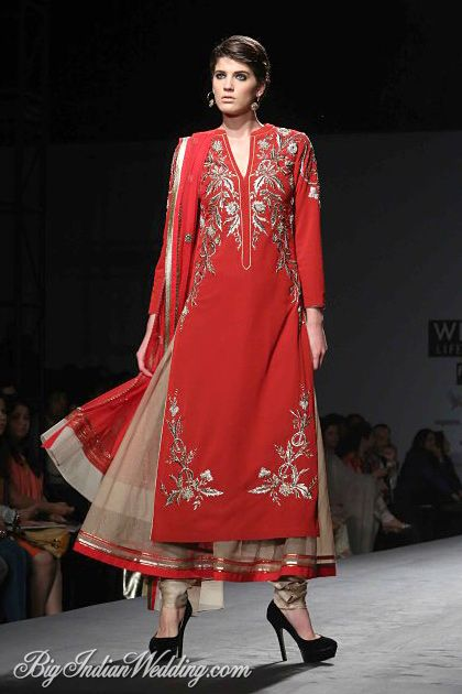 Vineet Bahl Wills Lifestyle India Fashion Week 2014   Lehengas  Sarees   Bigindianwedding