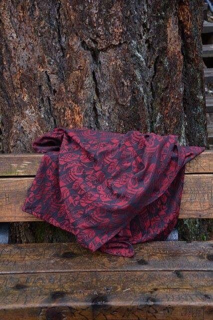 Yaro draagdoek Four Winds Red-Black