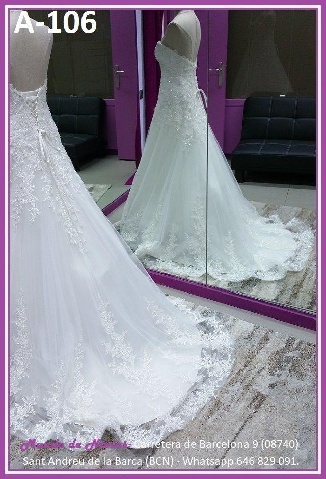 Elegante y original Vestido de Novia de Corte A con escote corazón, de Tul y encaje con pedrería, de la marca Novias Ukraine.