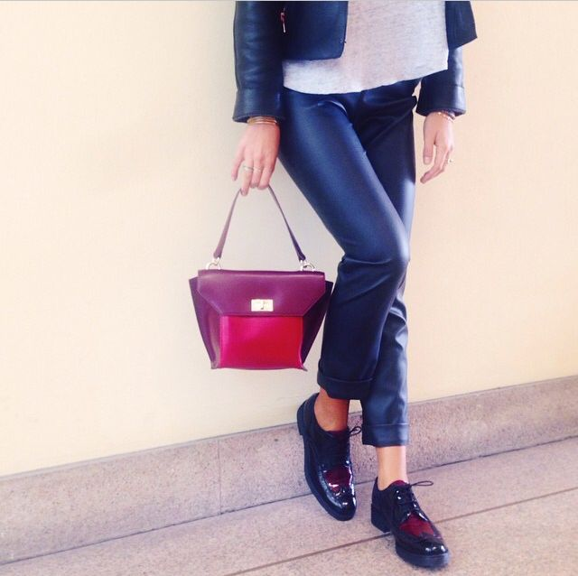 Burgundy Penelope bag and Cyprus shoes by Tosca Blu