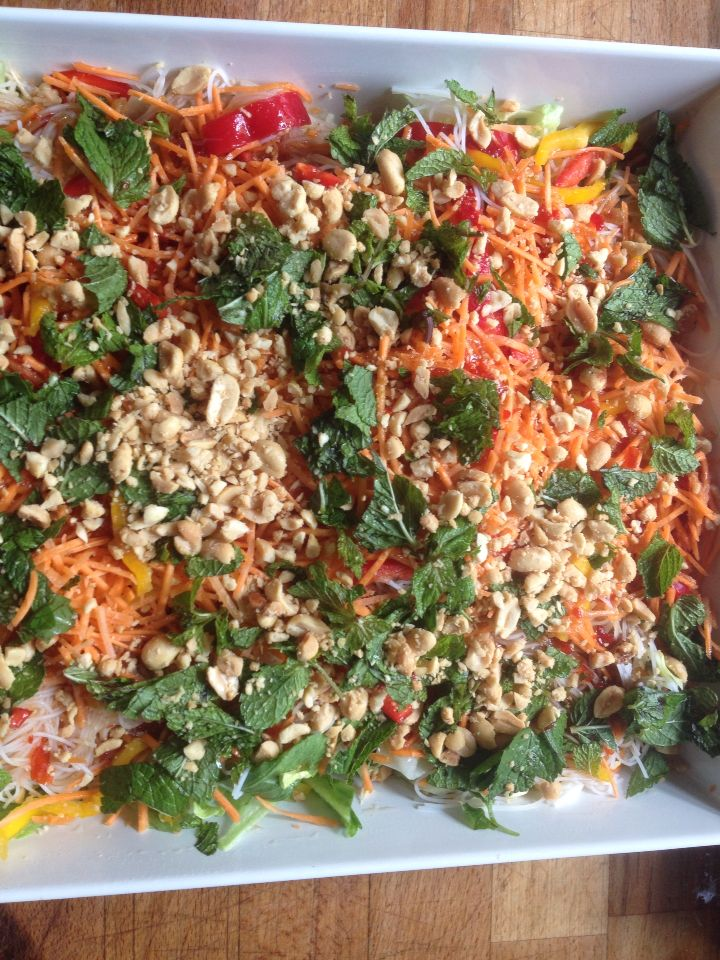 Lovely, vietnamese salad with ricenoodles, mint and peanuts