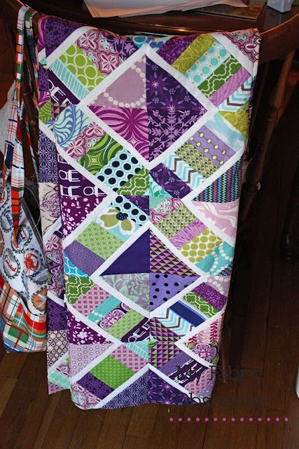 I have a paint chip with these colors and thought that it would make a great quilt.  And here it is!