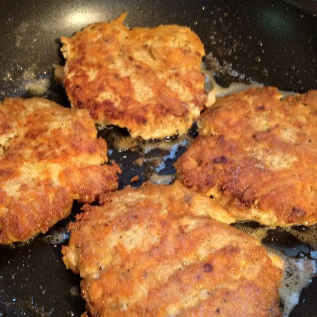 Low Carb Salmon patties  , 1 can of Salmon , 1/2 cup of cheddar cheese.. 3 chopped scallions,   Garlic powder , onion powder,  Black pepper , 2 eggs ...  Fry in butter . These salmon patties taste better and and are low Carb because you don't use Crackers or Flour !!  (The Cheese and the Eggs help to hold patties together )Form  in Patties and place in frying butter..... don't turn until completely crispy ....it will be stronger once they fry on the other side .... Drain on paper towels…