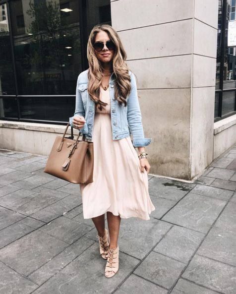 @theteacherdiva pairs our Venus Silk Dress with a denim jacket for a laid back weekend look fit for Spring! #ykmyway
