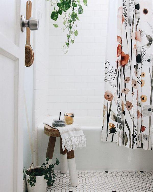 51 Ideen Fur Coole Duschvorhange Die Ihr Badezimmer Verschonern Boho Badezimmer Coole Duschvorhange Minimalistische Einrichtung