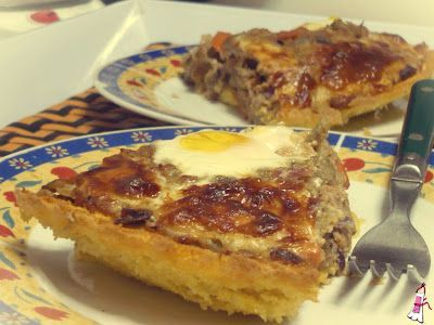 Ponete el Delantal - Blog de cocina: Pastel de polenta y atún con huevos poché