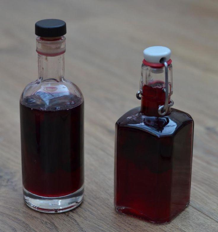The Crazy Kitchen: Cherry Vodka