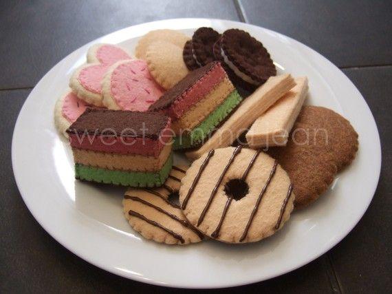 Felt Food Sewing Pattern Cookie Assortment PDF by sweetemmajean