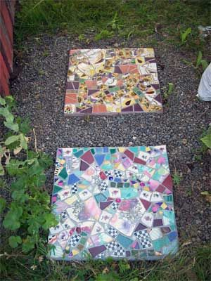 "**if you don't plan, you get ""patchwork""***  Loving these stepping stones, too pretty to step on though."