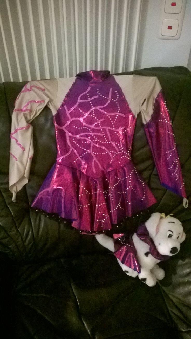 78 best Garde Tanzen Kostüme / Ballett / Dance, Twirling Costumes ...