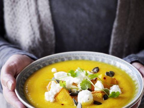 Heerlijke romige soep POMPOENSOEP MET FETA