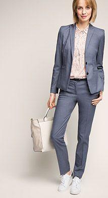 Mein Anzug. *_*  Nur die Blue, Schuhe und Accessoires werde ich ändern. ;)