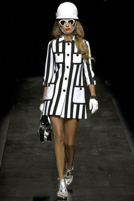 #Moschino #stripes #black and #white #blanco y negro #ss13