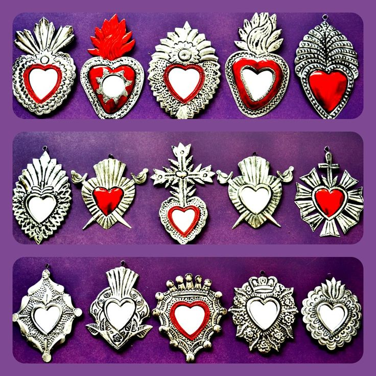 Mexican decor: little sacred hearts ©Mexico Import Arts
