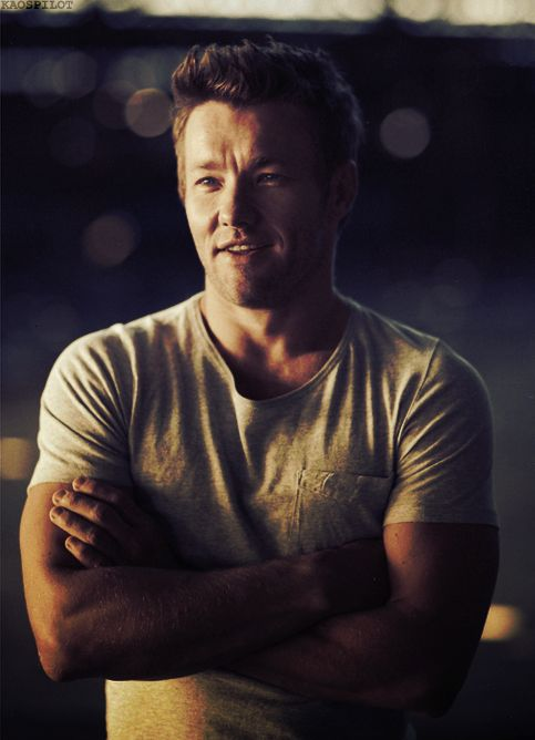 Joel Edgerton (1974) -  Australian film and television actor. He is best known for his roles in 2000s and 2010s films like Star Wars, The Great Gatsby, Warrior, Zero Dark Thirty