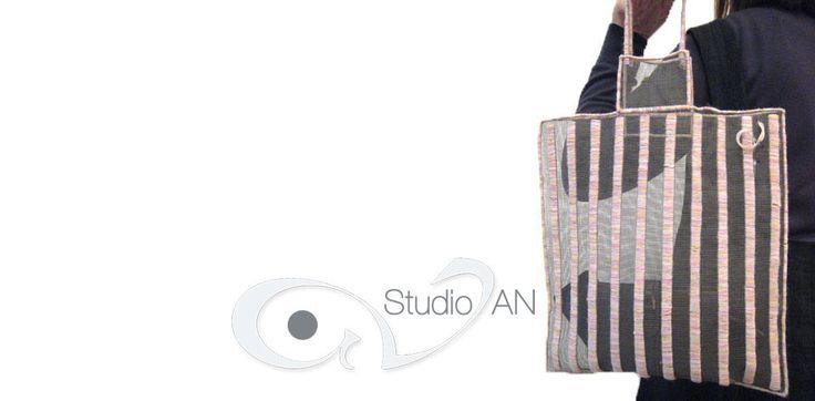 Soft screen handmade handbag with pink stripes #studioAN #handbags #transparentbags #handmade  http://www.studioan.com/ngine/en/product/173/soft-screen-handbag-with-pink-stripes