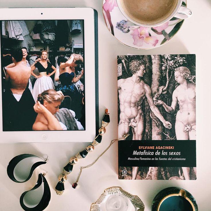 """192 Me gusta, 2 comentarios - Vanessa Rosales (@vanessarosales_) en Instagram: """"Reinventar la feminidad requiere necesariamente reinventar la masculinidad.  Las liberaciones…"""""""