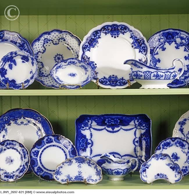 COLLECTIONS - DISHES Detail of antique blue Flo China displayed on two white and green shelves in shelving unit. China is blue and white. & 43 best Flow blue images on Pinterest | Blue and white Blue ...