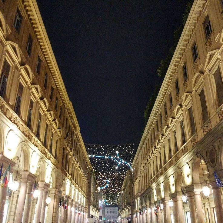 #olaszmamma #olaszorszag#ilikeitaly #italianmamma #italy #piemont #piedmont#piemonte #torino #turin #torinomonamour #luci #lucidartista #viaroma #yallersitalia