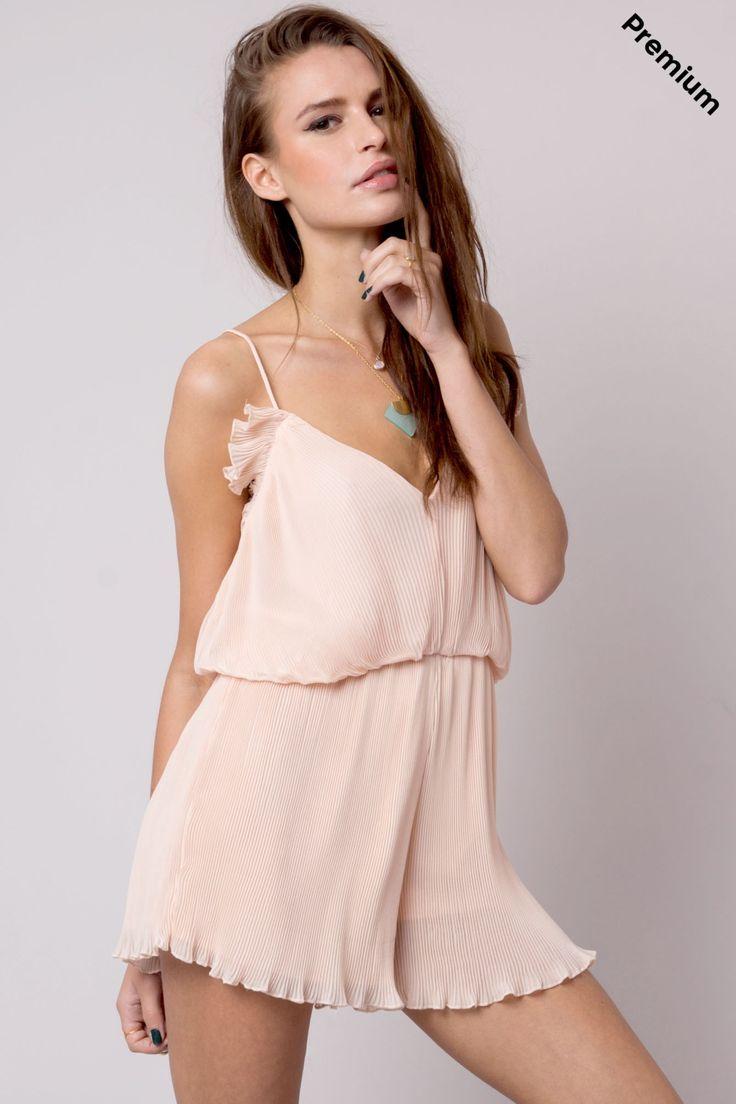 Mono corto plisado rosa Wang #FPwang € 19,90