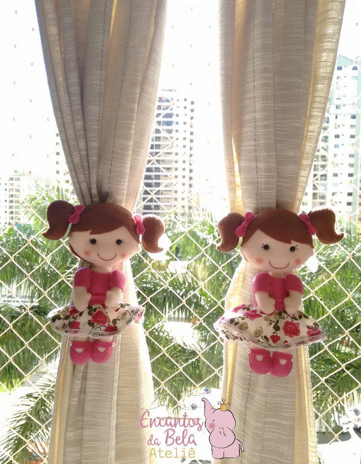 Bonecas prendedores de cortina em feltro