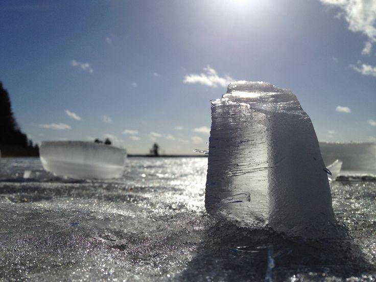 Winter: ice, cold, sun, snow