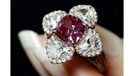 This exceptionally rare 2.26 carats red diamond ring set the world record in 2007 as the world's most expensive red diamond ever sold at auction.  The ring sold for a whopping 2.6 million dollars to British jeweler Lawrence Graff.