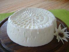 Hai 1 Litro Di Latte, Un Vasetto Di Yogurt E Mezzo Limone? Prepara Il Formaggio Fresco Fatto In Casa! Ricetta con il bimby e senza..