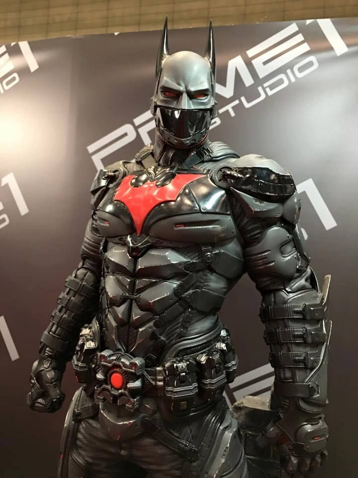 Batman Beyond suit | #dccomics #batman #batmanbeyond | follow @jomop6
