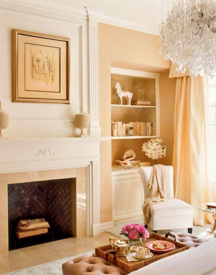 Το χτιστό τζάκι κάνει το μάστερ υπνοδωμάτιο ακόμα πιο πολυτελές, ρομαντικό και ζεστό.