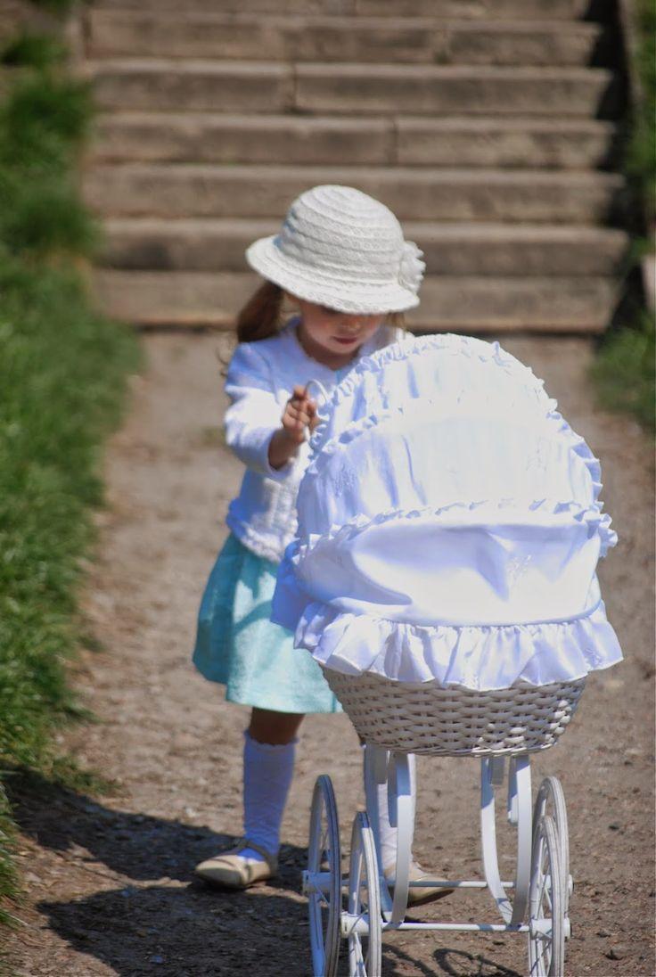 www.lenkowomi.com #stroller #doll #retro