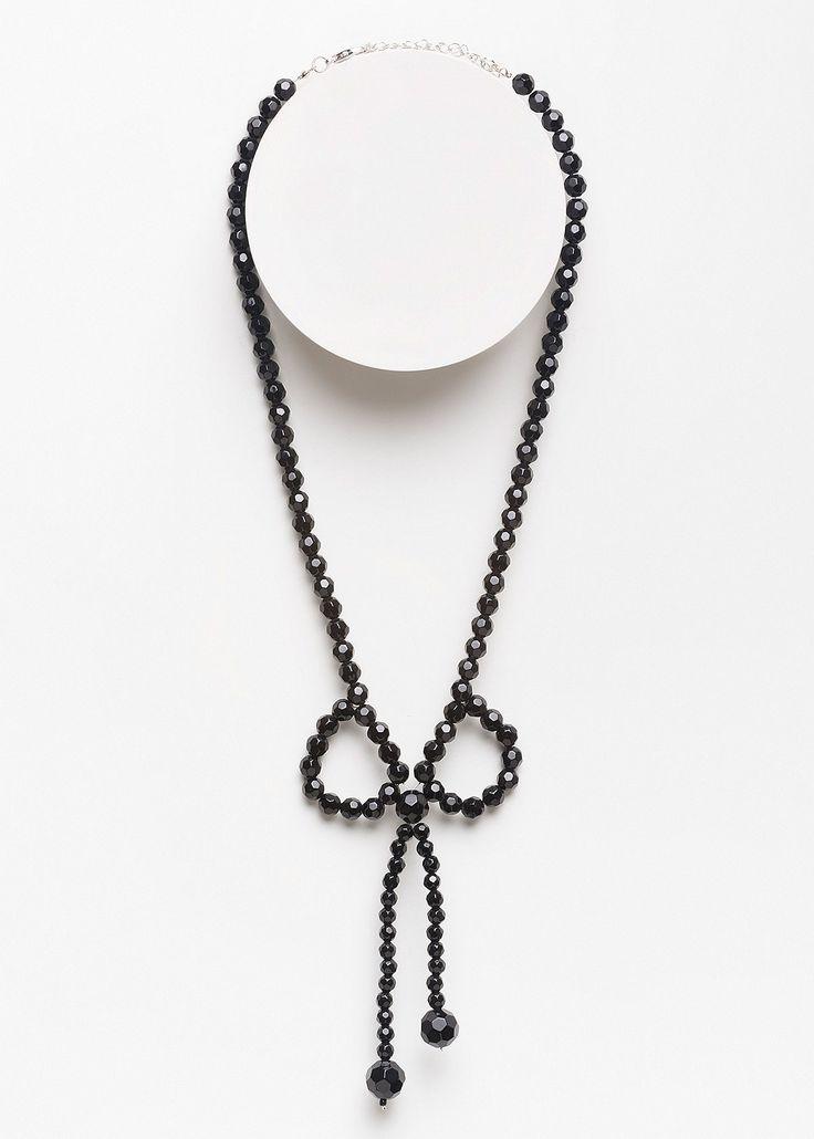 Bow Necklace #Takingshape #curvy