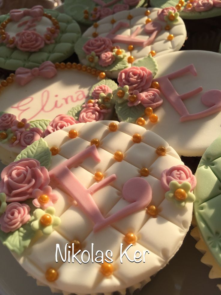 Cupcakes για τη βάπτιση της Ελίνας! #baptism