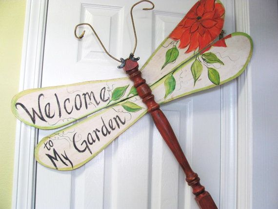 "Table Leg Dragonfly Wall or Garden Art sign- ""Welcome to my Garden"" with flower and leaves"