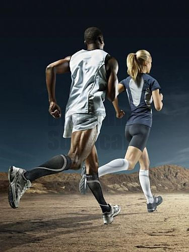 Sigvaris 412C Performance Unisex Knee High Socks 20-30 Closed Toe. Increased oxygen to muscle tissue. Reduced pulled muscles and less exercised-induced muscle soreness in the legs. Less lactic acid buildup in the legs during exercise. Improved energy, performance and recovery. Injury prevention and reduced shin splints & calf cramps. Peak Your Performance. Improved blood circulation and oxygen delivery. Less aching & cramping. Achilles tendon protector reduces vibration on ligaments.