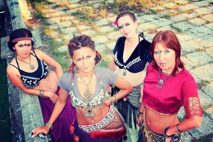 "my dance group Tribal-studio ""Flourish"""