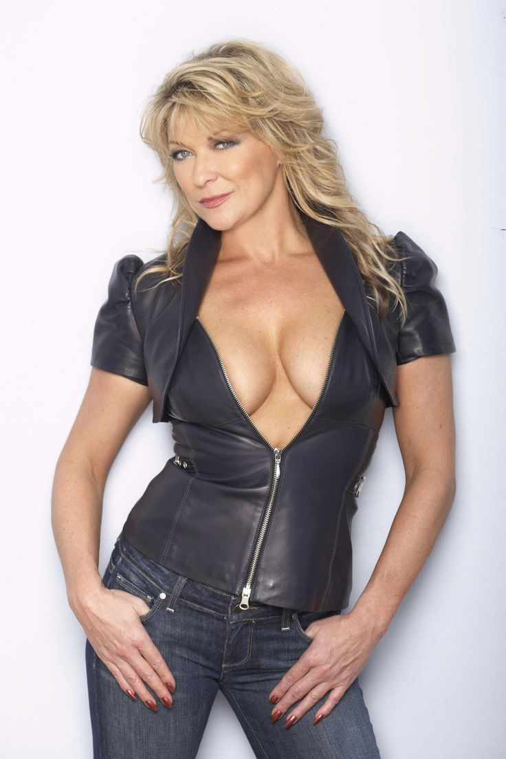 Claire King Images And Graphics  Mature And Milf 18 -6975