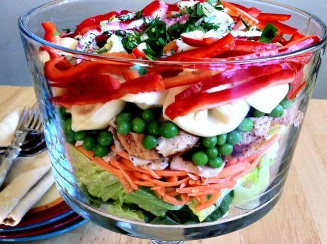 Dishing With Leslie: Layered Tortellini Salad (With Pesto Dressing) #salad #pesto