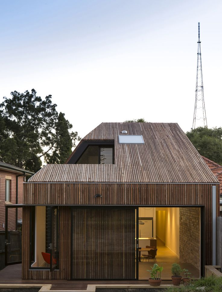 Gallery of Cut-away Roof House / Scale Architecture - 1