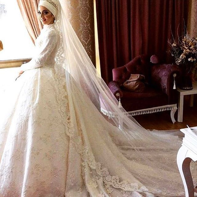 #tuaykaracacouture #tuaykaraca #gelinlik #fashionhijab #fashionweek #dress #couture #hijabfashion #hijabonline ##hijabstyle #özeldikim #tesettürgelinlik
