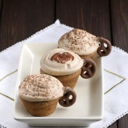 The best Cappuccino Cupcakes with cappuccino-mascarpone cream ( in Polish- translator in the sidebar)