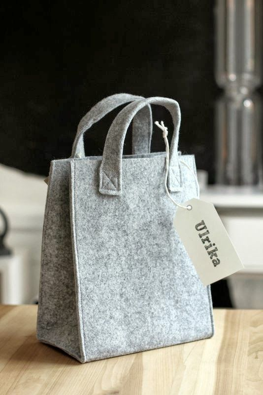 Felt bag... these would be super easy to make.