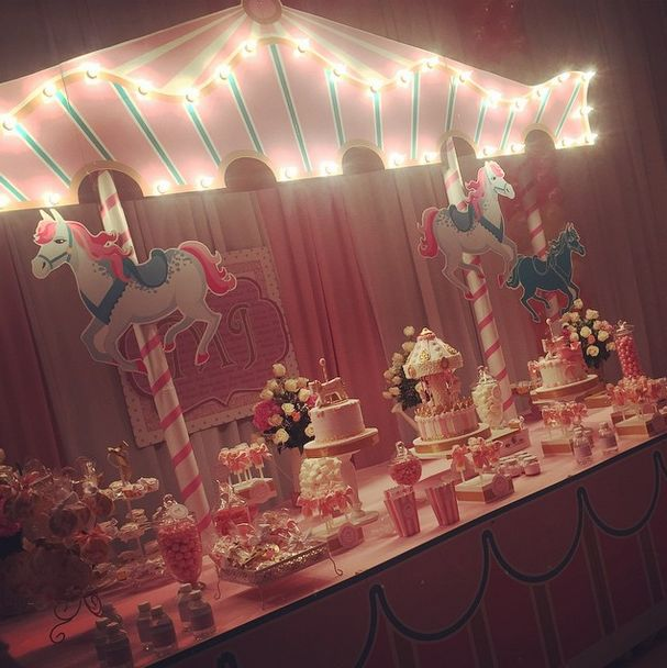 CARROUSEL Party | CatchMyParty.com